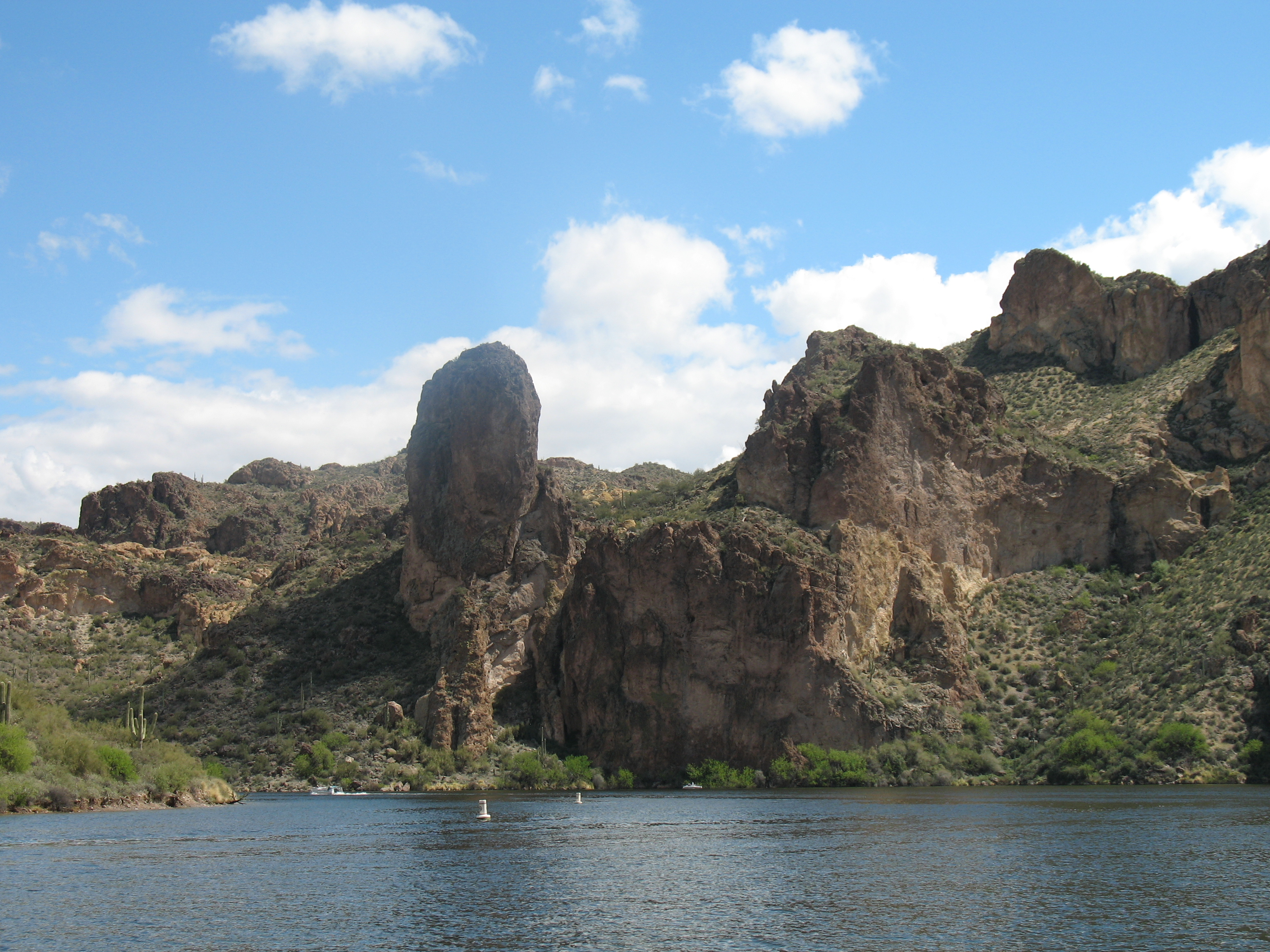canyon_lake-arizona-and_land_features-4