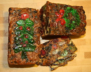 English: Christmas fruitcake